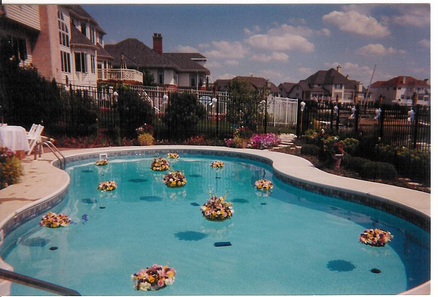 Pool decorations for wedding for Pool decorations