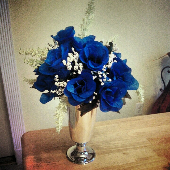 Wedding centerpieces royal blue