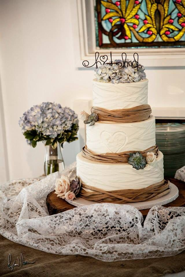 rustic lace wedding cake lace and burlap wedding cake 19507