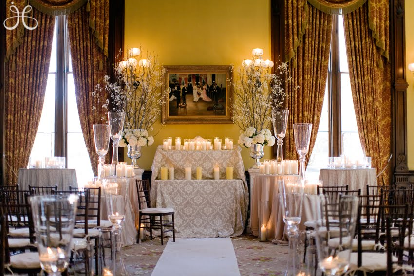 Altar decorations for wedding church altar wedding decorations pictures junglespirit Image collections