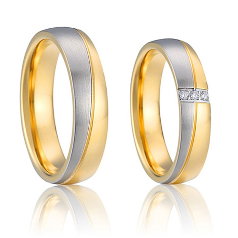 couple wedding rings design in gold - Design A Wedding Ring