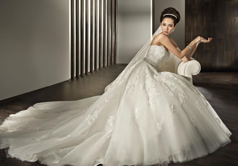 Demetrios Wedding Gowns: Demetrios Wedding Dress