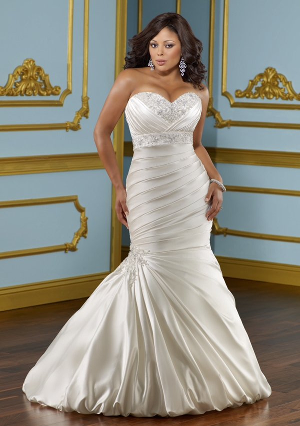 Best Wedding Dress For Curvy Figure Pictures - Styles & Ideas 2018 ...