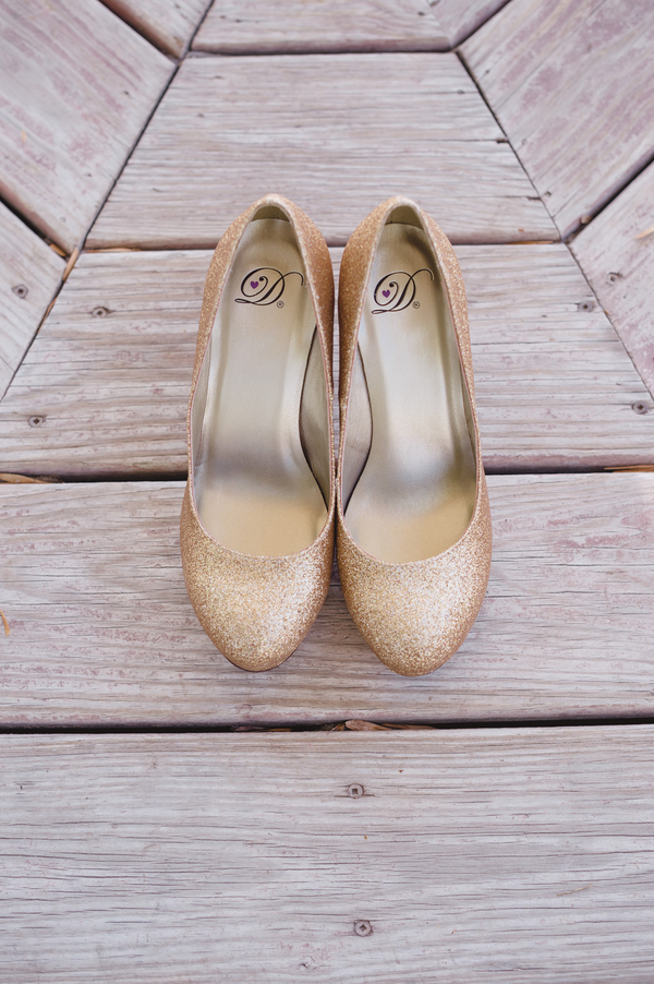 Outdoor Wedding Shoes For Bride