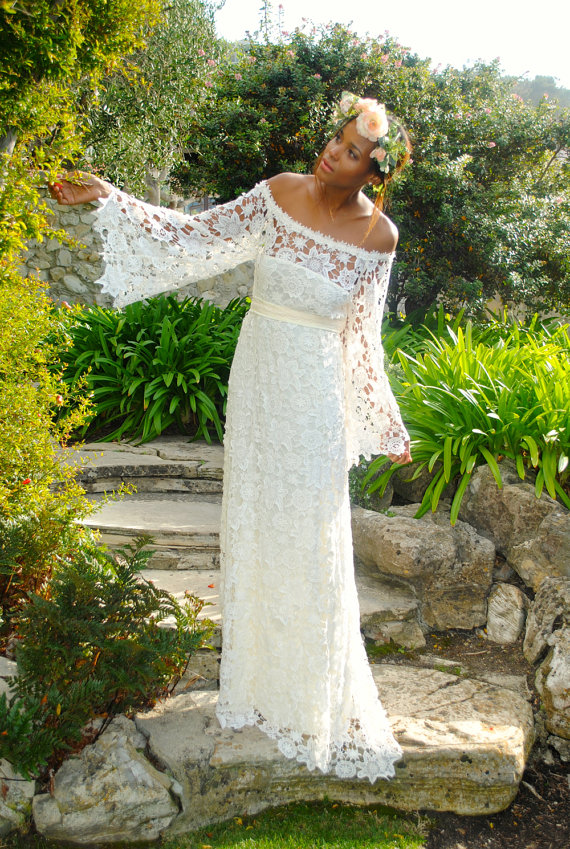 Hippie Wedding Dresses For Your Very Special Moment