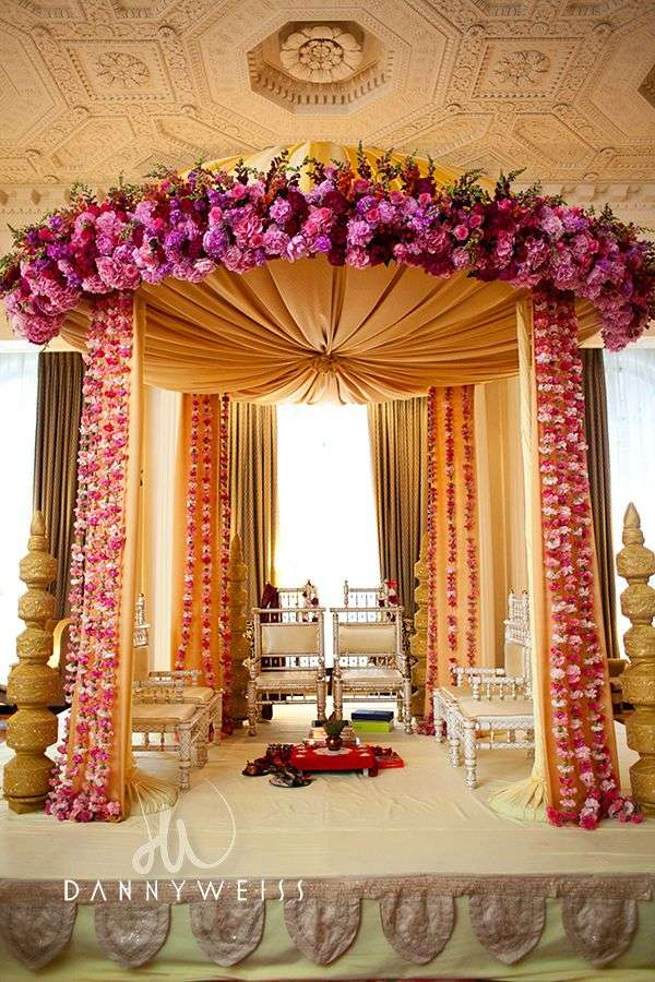 Latest indian wedding decorations indian wedding decorations in india on decorations with latest junglespirit Images