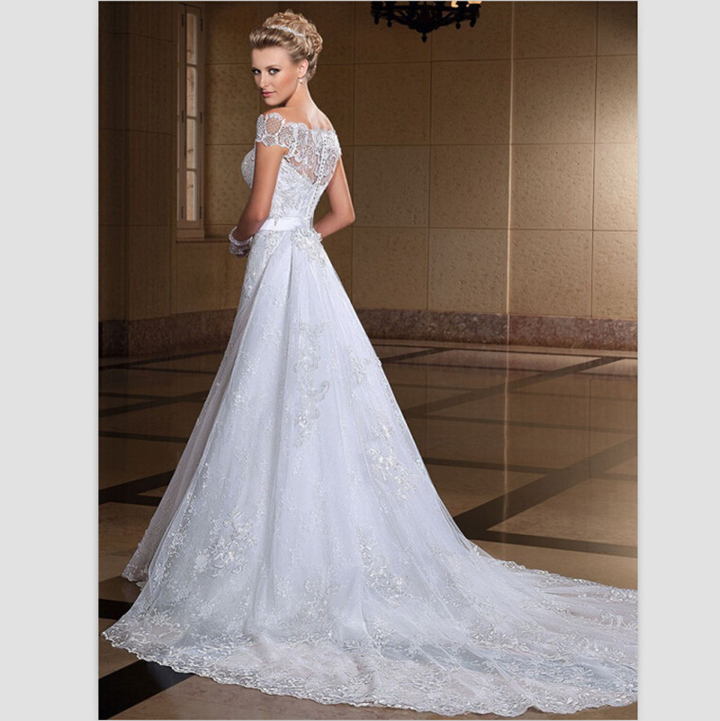 White lace wedding dress for Wedding dresses off white lace