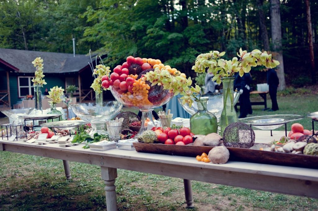 Outside Wedding Reception Food Ideas