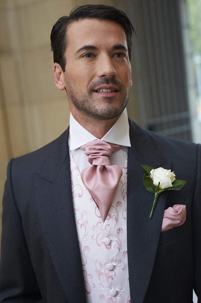 Pink Wedding Suit – Emasscraft.org