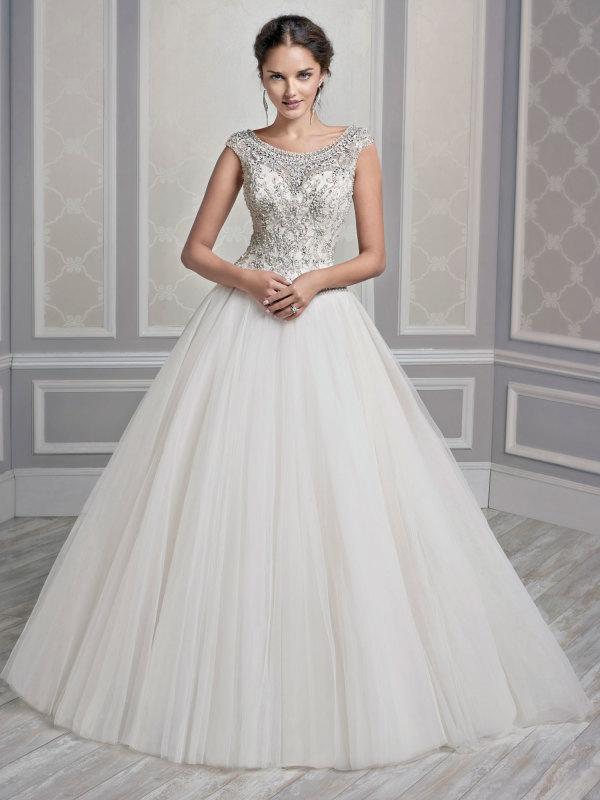 Victorian Ball Gown Wedding Dress