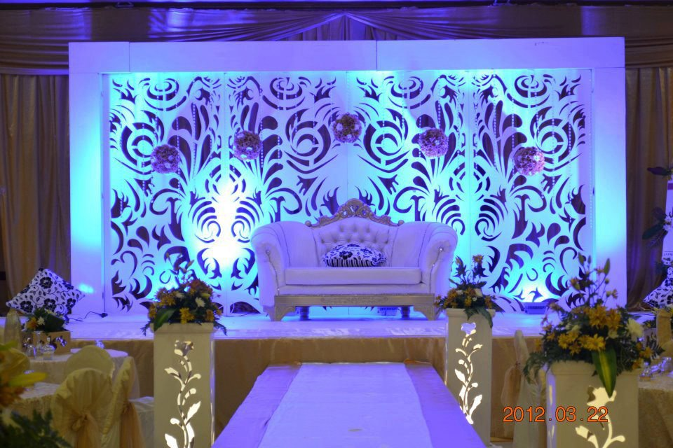 Stage backdrop design for wedding for Backdrops for stage decoration