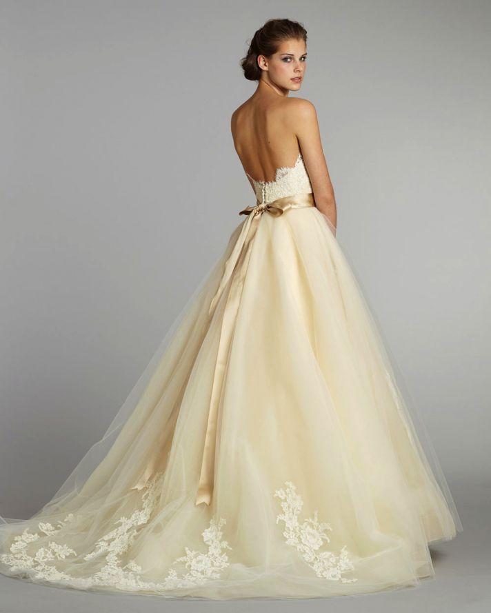 Pale yellow wedding dress the loveliest pale yellow wedding ideas junglespirit Gallery