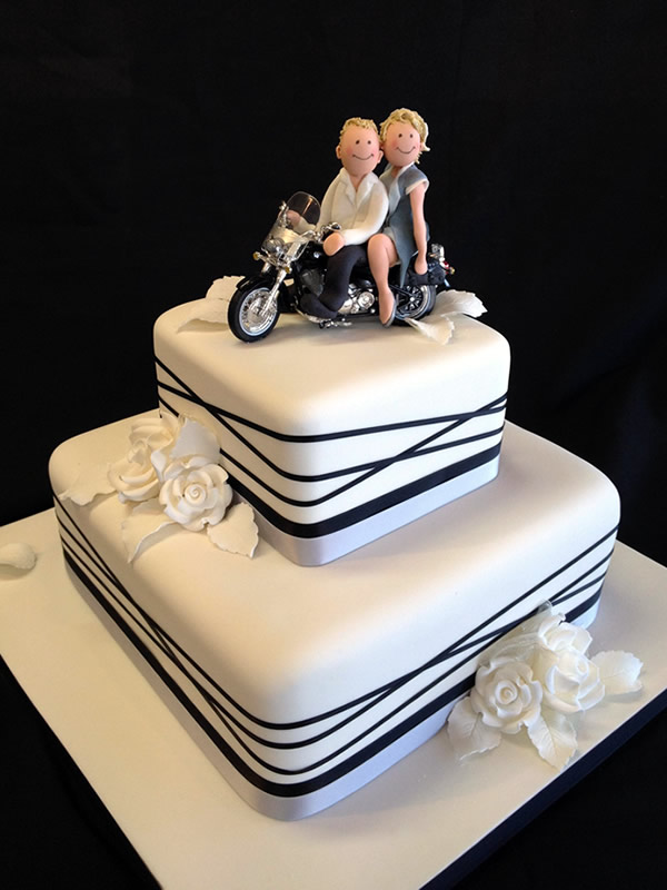motorcycle wedding cakes. Black Bedroom Furniture Sets. Home Design Ideas