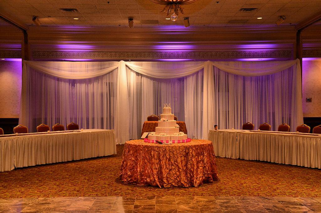 Wedding World Decorations For Reception Hall