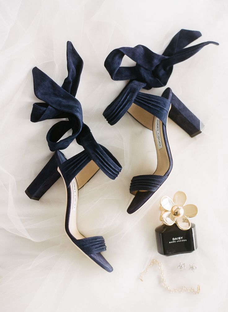 Navy blue wedding shoes wedding photography navy bridesmaid shoes junglespirit Image collections