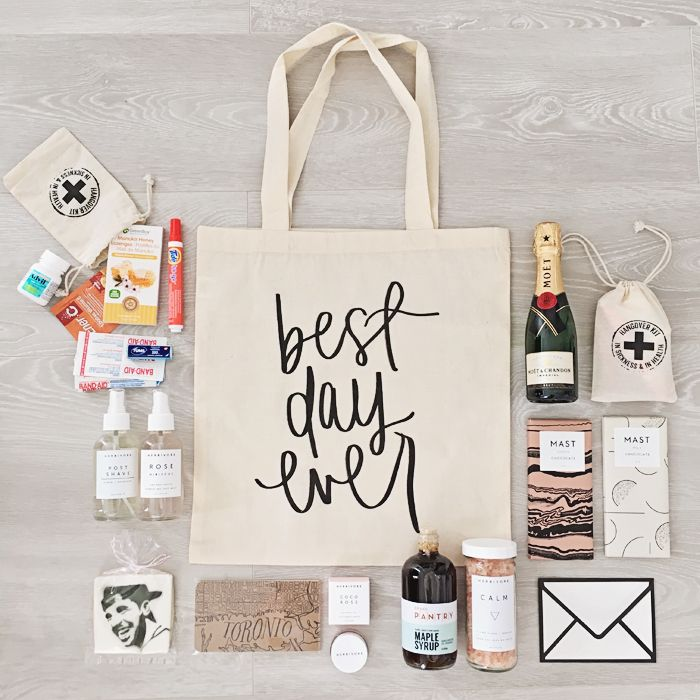 Ideas For Wedding Gift Bags : 17 Best Ideas About Wedding Gift Bags On Emasscraft Org