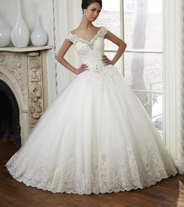 Lace Ball Gown Wedding Dress