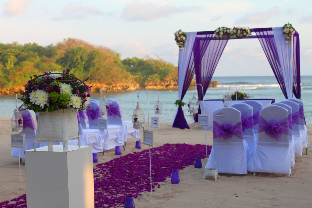Collection Purple Wedding Theme Pictures Emasscraft