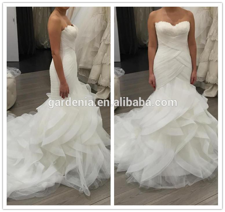 Emejing Feather Bottom Wedding Dress Gallery - Styles & Ideas 2018 ...