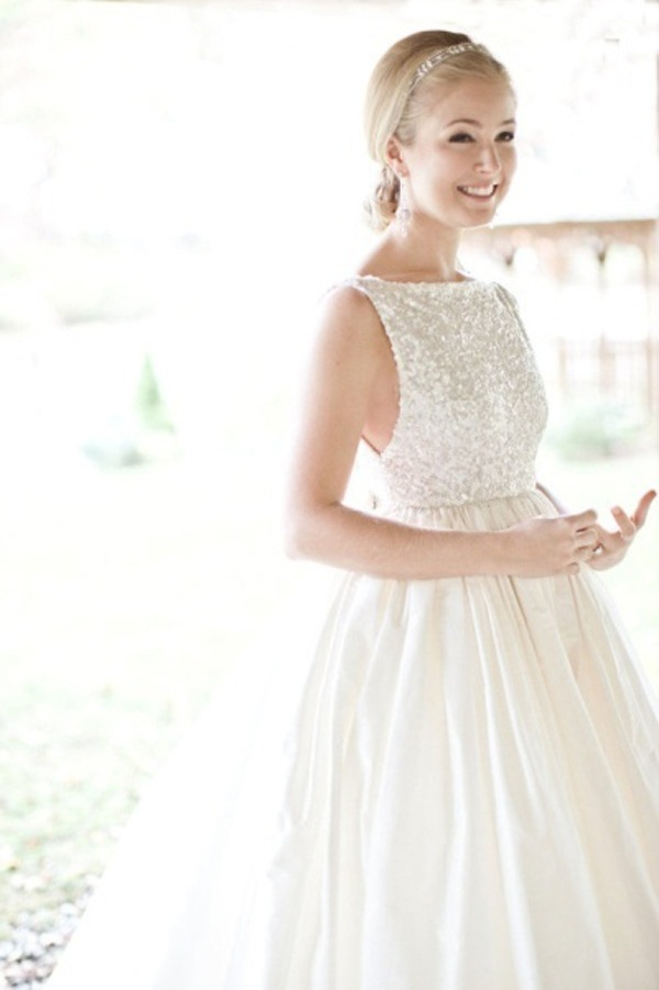 High collar wedding dress for High collared wedding dress