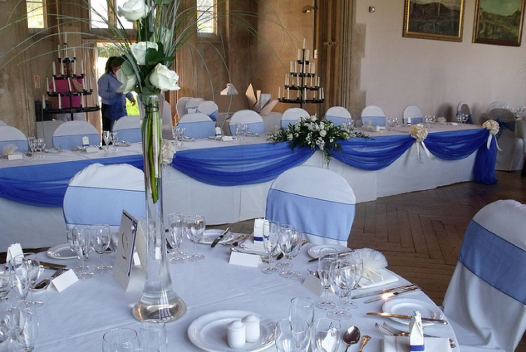 Blue Wedding Decorations: Royal Blue Wedding Decor