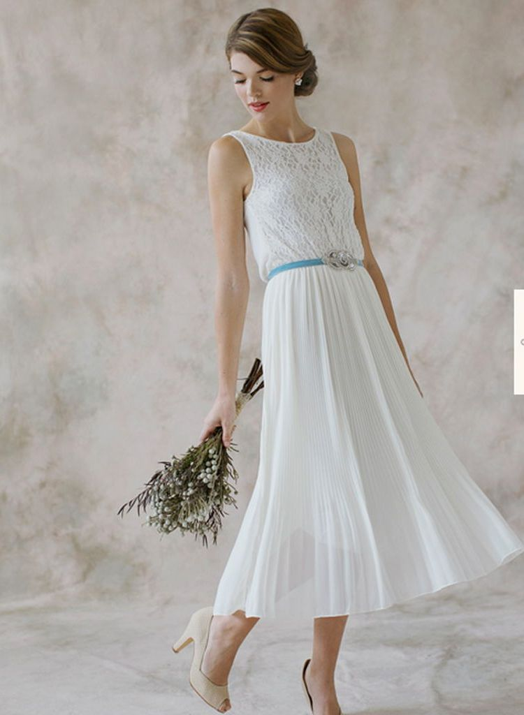 Wedding Dresses Women Over 40