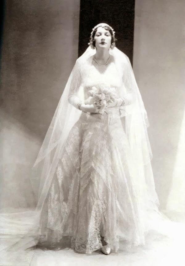 Chanel wedding dress 1000 ideas about chanel wedding dress on emasscraft org junglespirit Images