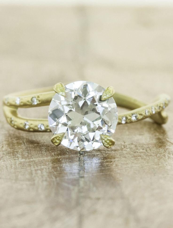 Bellas Wedding Ring