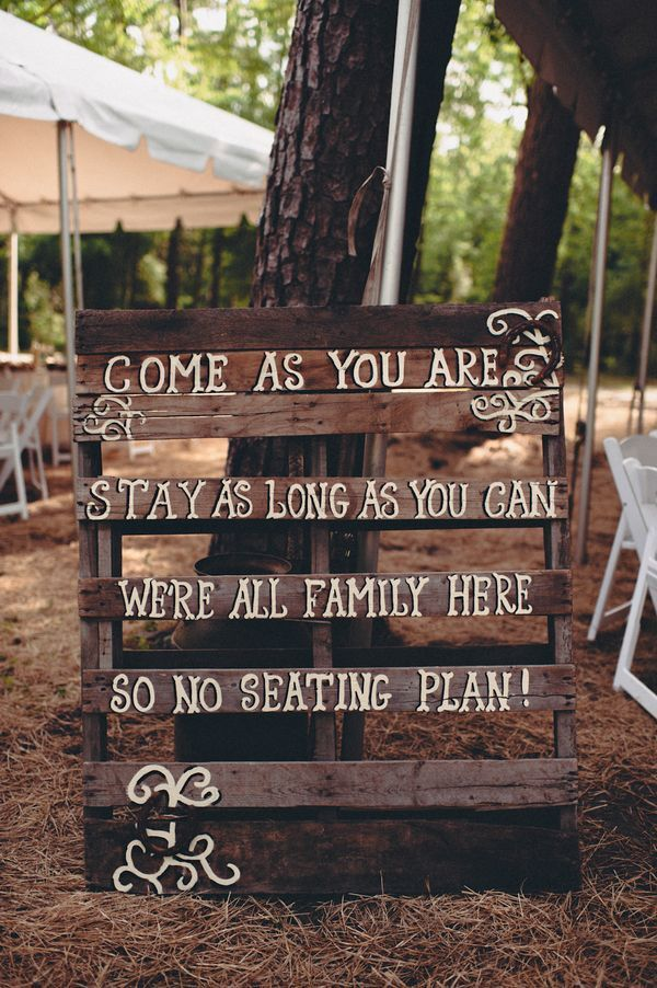Country theme wedding 17 best ideas about country themed weddings on emasscraft org junglespirit Images