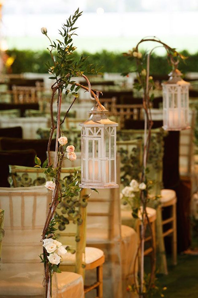 Woodland themed wedding decorations 20 inspired ideas for a dreamy woodland wedding junglespirit Images