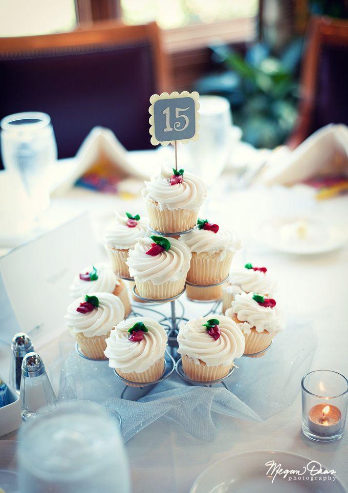 Awe Inspiring Cake Centerpiece Wedding Diy Fall Flowers Centerpiece Download Free Architecture Designs Pendunizatbritishbridgeorg