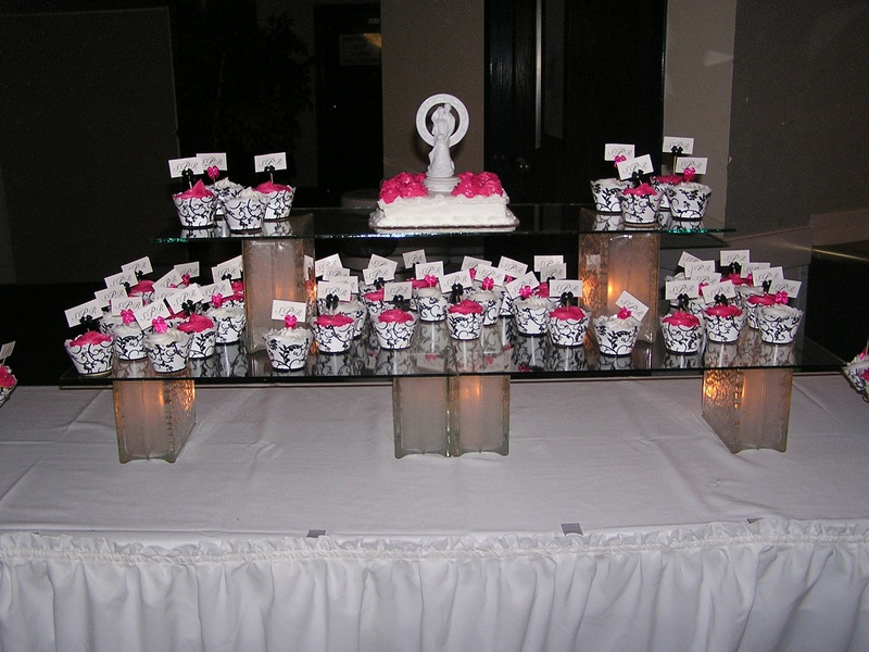 Cupcake Displays For Weddings