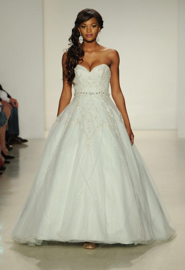 Mardi Gras Themed Wedding Dress Disney Princess Weddings Irl 16 Timeless Tiana