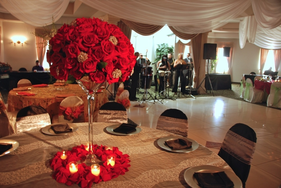 Peachy Ideas About Martini Glass Centerpiece On Emasscraft Org Download Free Architecture Designs Embacsunscenecom