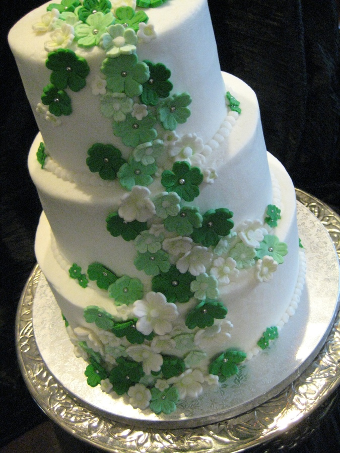 traditional irish wedding cake themed wedding 21143