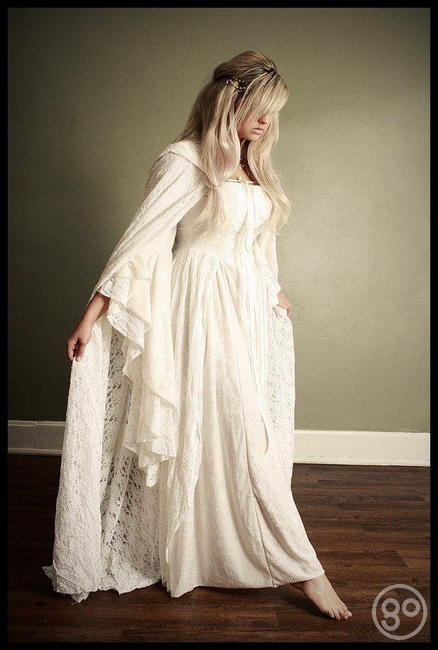 Medieval style wedding dress for Medieval style wedding dress