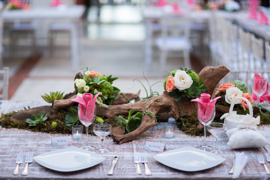 Rustic Touch Driftwood Wedding Reception Centerpieces Idea