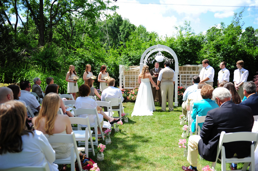 Small Backyard Wedding Ideas Ideas Summer Backyards Menu Ideas ...   Cheap  Backyard Wedding