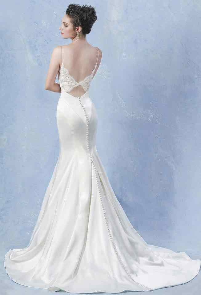 Butterfly back wedding dress for Butterfly back wedding dress