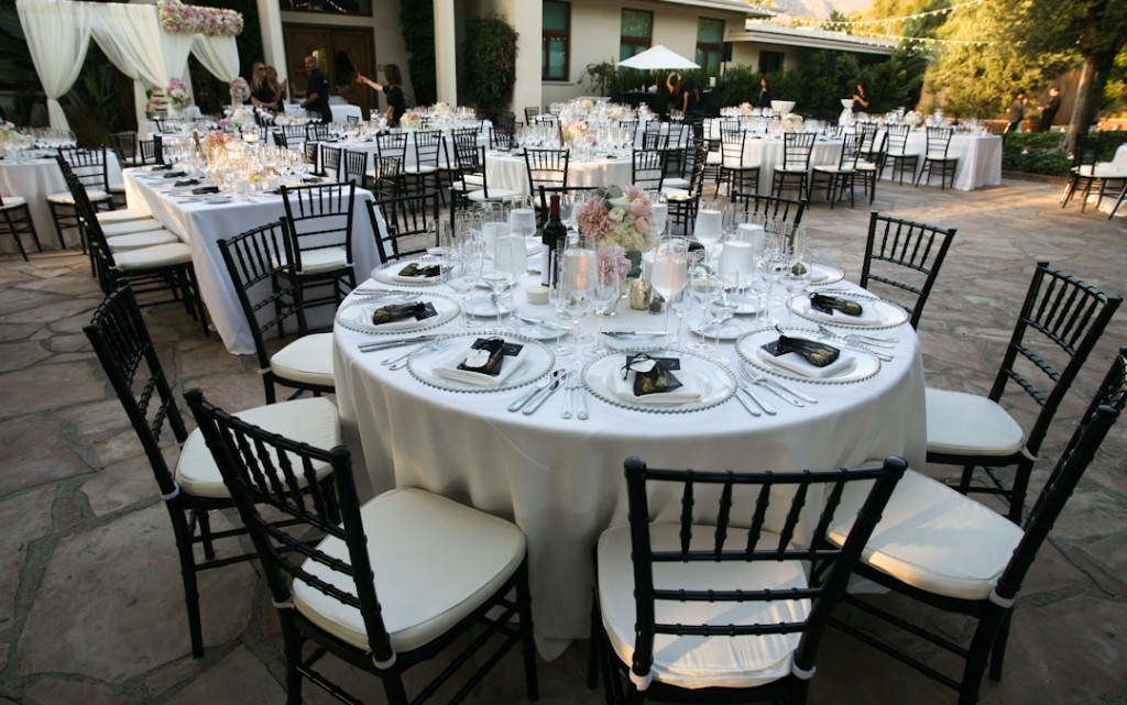 Black White Silver Wedding Guide To Decorate A Wedding With Indian