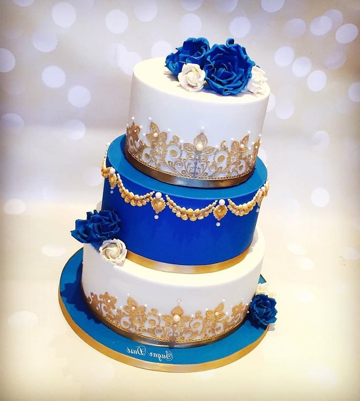 white gold and royal blue wedding cake royal blue and gold wedding 27292