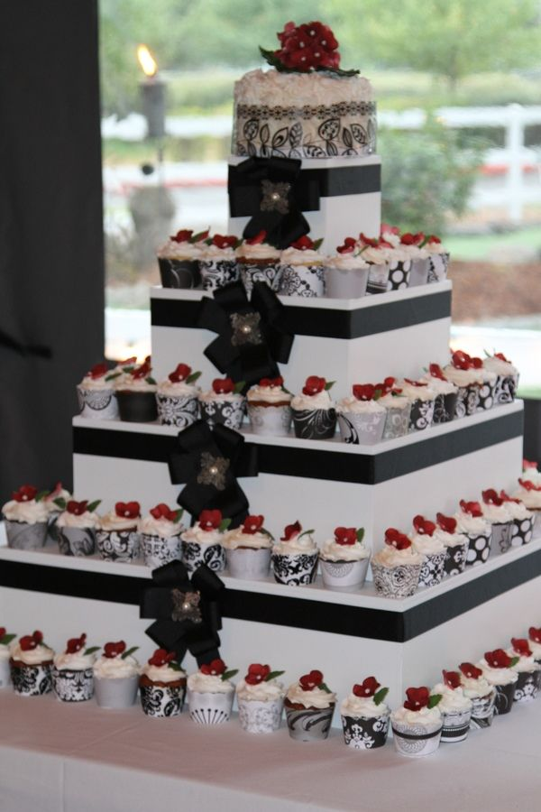 how much are cupcake wedding cakes square cupcake wedding cake 15419