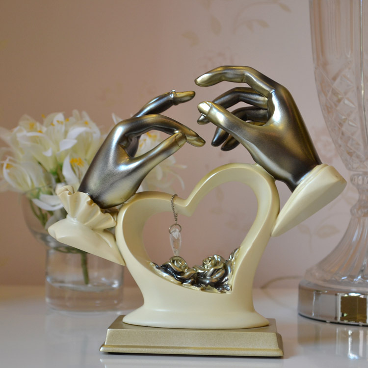 Gifts On Wedding: Wedding Gifts For Couple