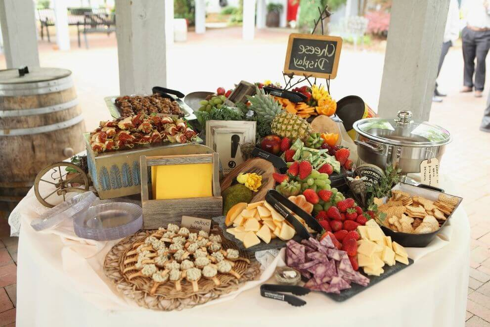 Emejing Inexpensive Wedding Food Ideas Contemporary Styles
