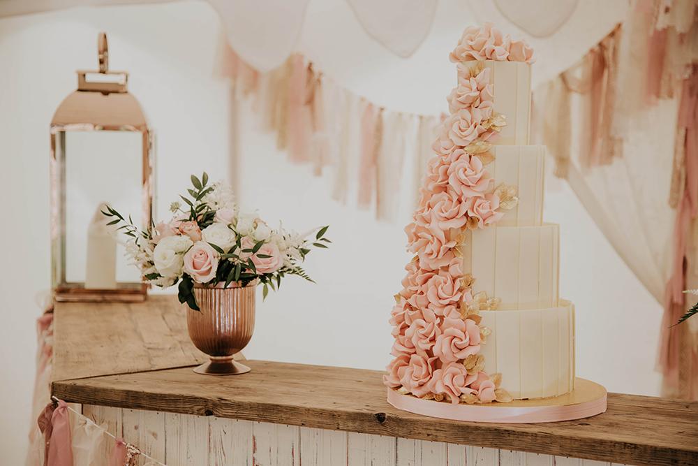 Champagne Wedding Cake Stand