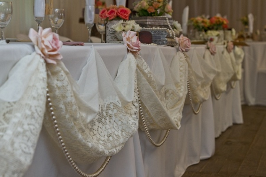 & Vintage Lace Wedding Ideas