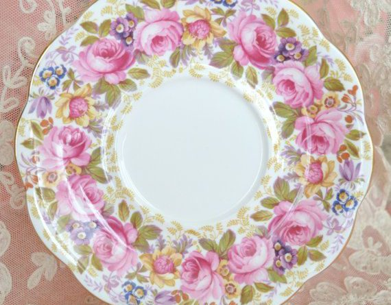 Lovely Vintage Royal Albert Porcelain Plate