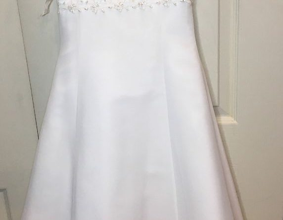 Davids Bridal Flower Girl Dress White Beads Seqin Size 8