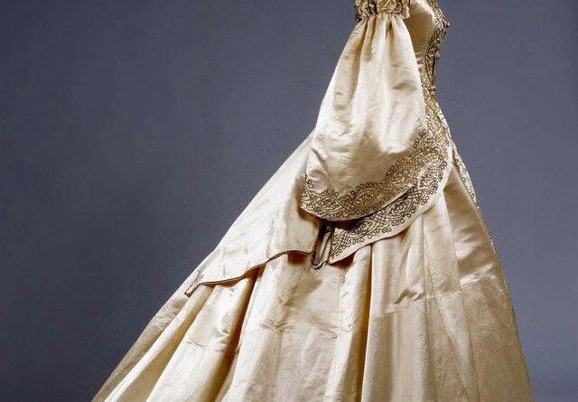 Ivory Silk Wedding Dress • 1862 • Galleria Del Costume Di Palazzo